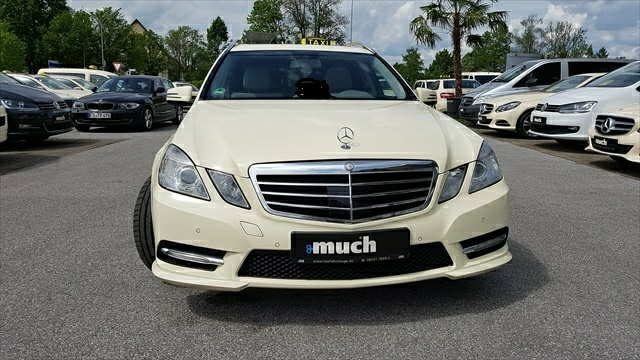 Mercedes-Benz E 220 CDI T-Modell AMG-Line